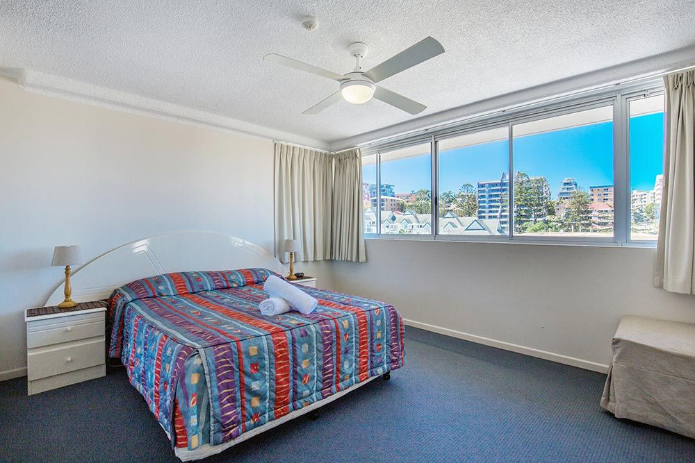 coolangatta-rainbow-bay-2bed-apartments10-10