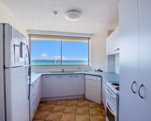 coolangatta-rainbow-bay-2bed-apartments10-5