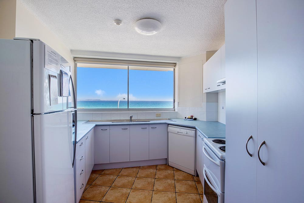 coolangatta-rainbow-bay-2bed-apartments10-5