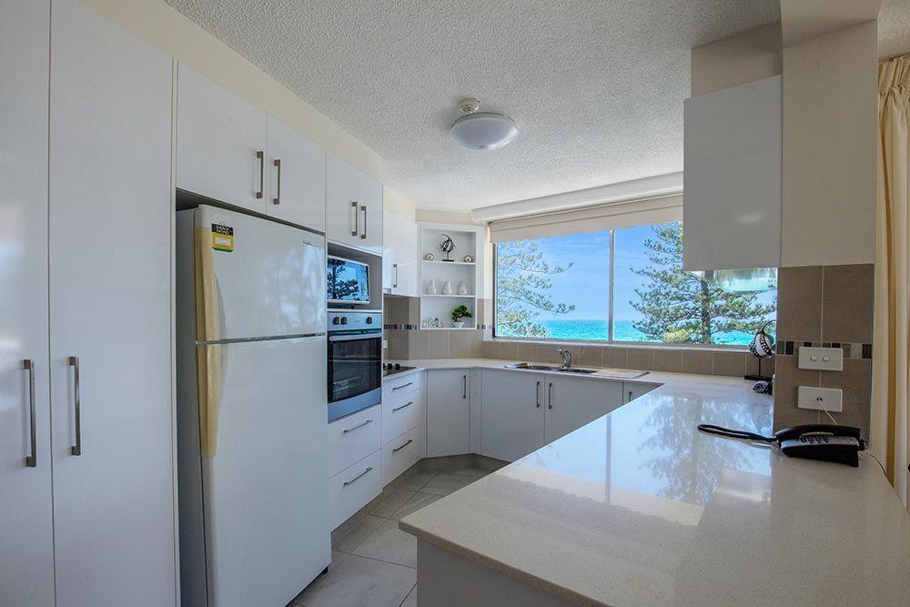 coolangatta-rainbow-bay-2bed-apartments12-5