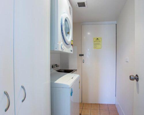 coolangatta-rainbow-bay-2bed-apartments12-6
