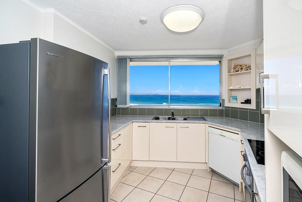 coolangatta-rainbow-bay-2bed-apartments13-4