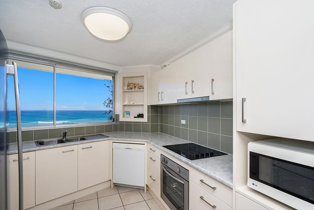 coolangatta-rainbow-bay-2bed-apartments13-5