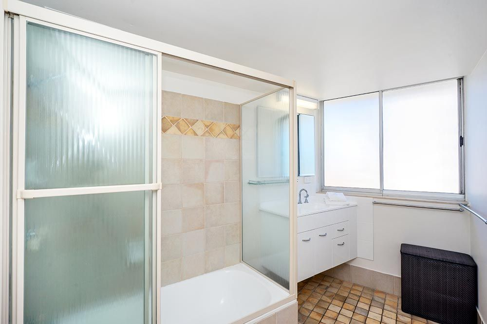 coolangatta-rainbow-bay-2bed-apartments13-8
