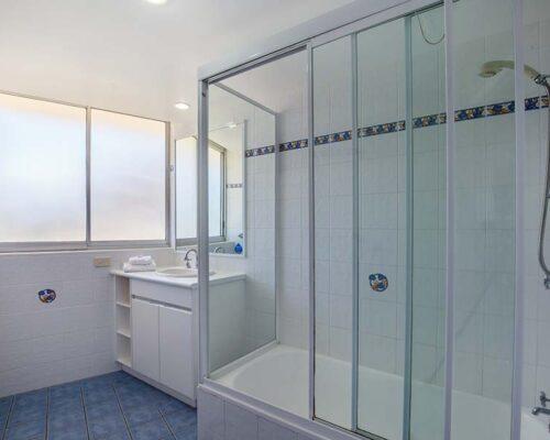 coolangatta-rainbow-bay-2bed-apartments15-6