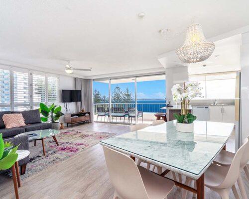 coolangatta-rainbow-bay-2bed-apartments16-3