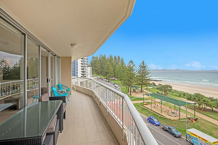 coolangatta-rainbow-bay-2bed-apartments17-1