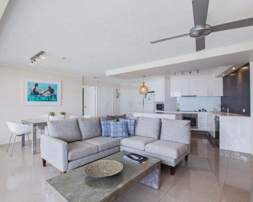 coolangatta-rainbow-bay-2bed-apartments17-2