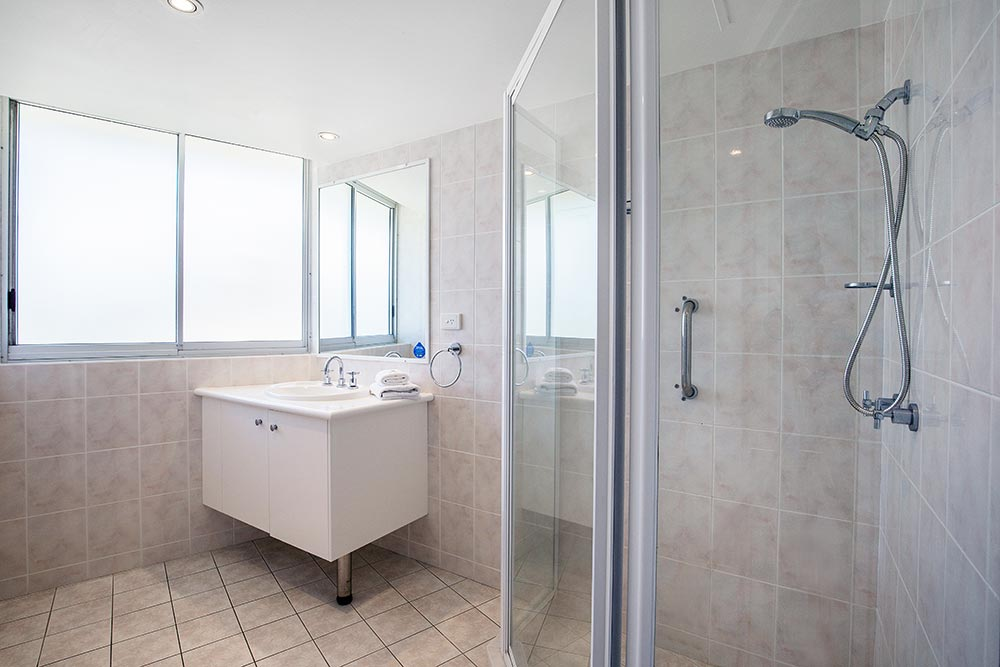 coolangatta-rainbow-bay-2bed-apartments18-7
