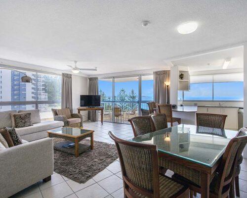 coolangatta-rainbow-bay-2bed-apartments19-2