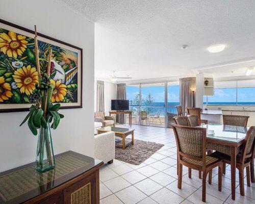 coolangatta-rainbow-bay-2bed-apartments19-3