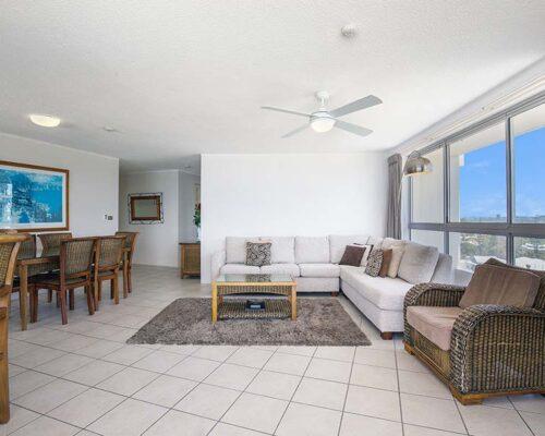 coolangatta-rainbow-bay-2bed-apartments19-5