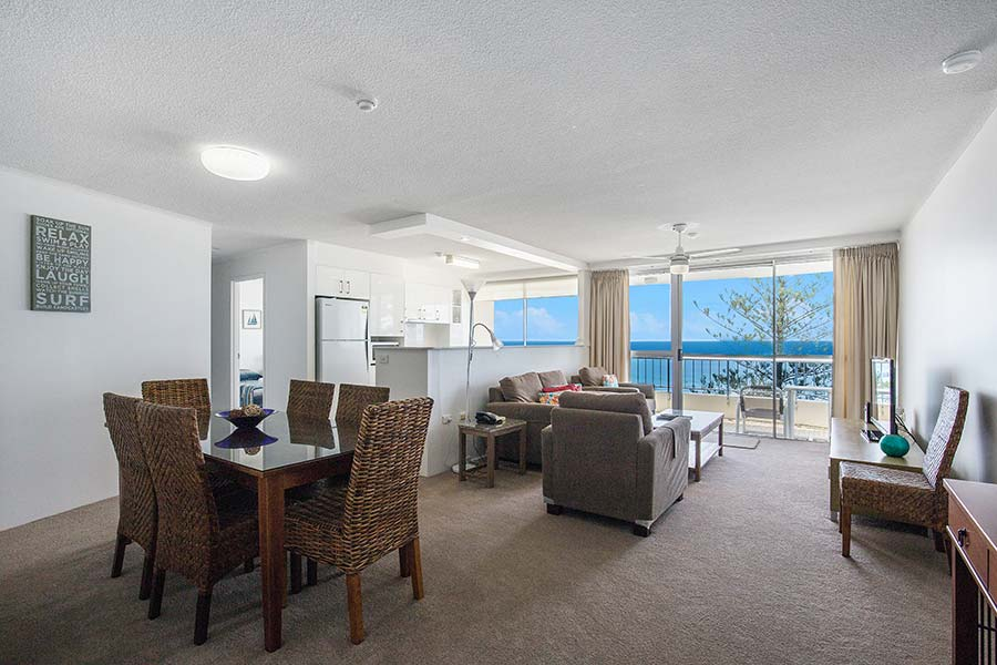 coolangatta-rainbow-bay-2bed-apartments20-2