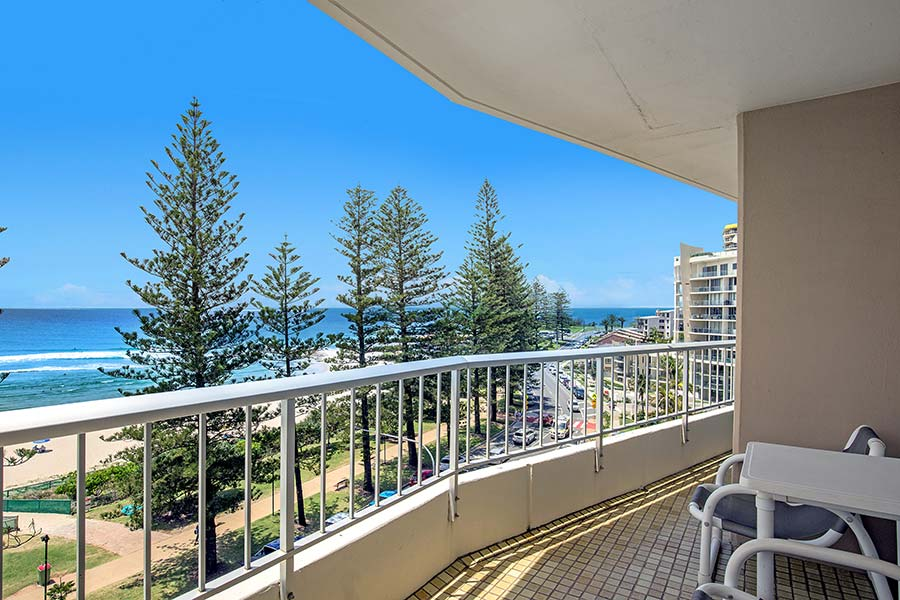 coolangatta-rainbow-bay-2bed-apartments20-3