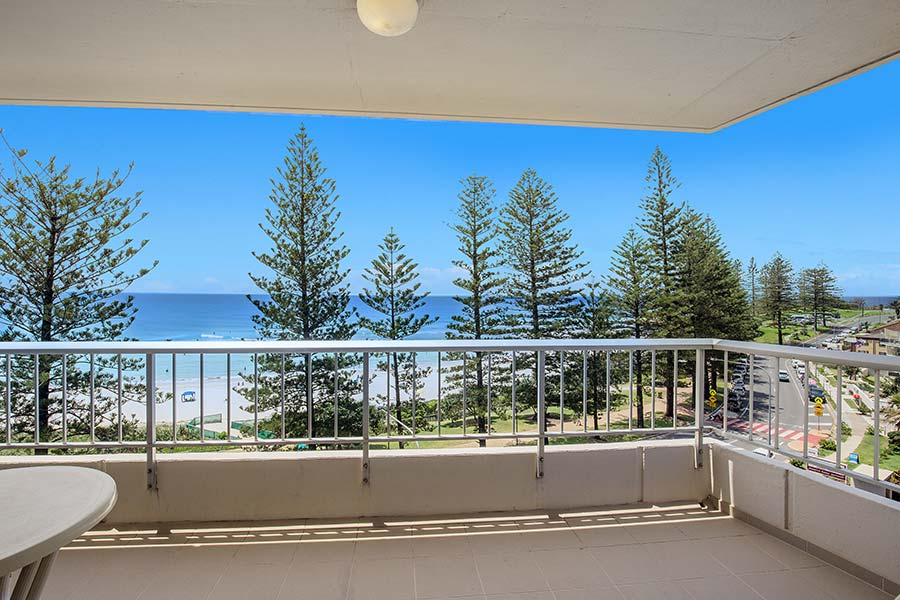 coolangatta-rainbow-bay-2bed-apartments21-1