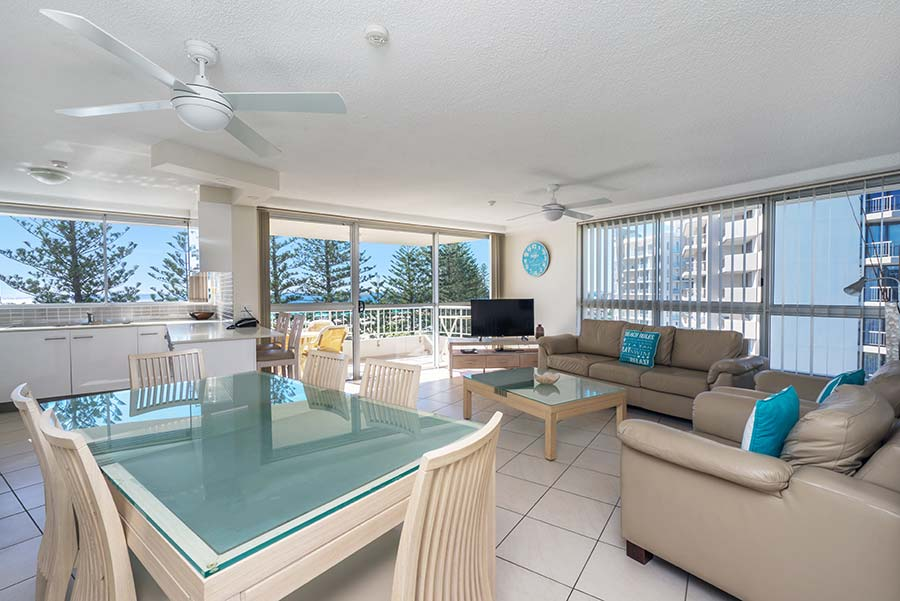 coolangatta-rainbow-bay-2bed-apartments21-2