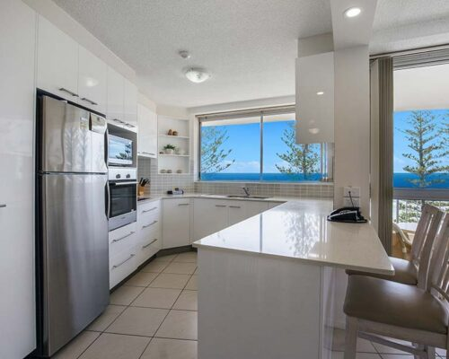 coolangatta-rainbow-bay-2bed-apartments21-3
