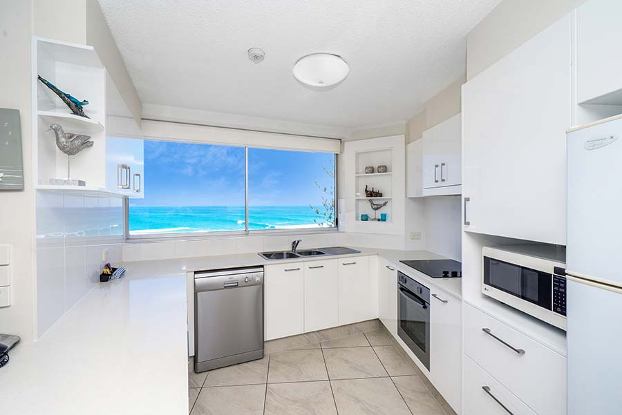 coolangatta-rainbow-bay-2bed-apartments22-3