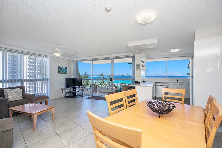 coolangatta-rainbow-bay-2bed-apartments22-5