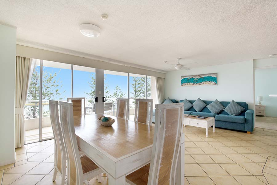 coolangatta-rainbow-bay-2bed-apartments23-1