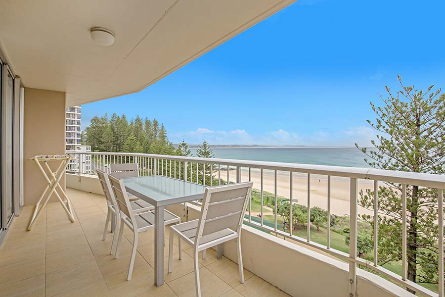 coolangatta-rainbow-bay-2bed-apartments23-2