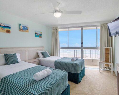 coolangatta-rainbow-bay-2bed-apartments23-3