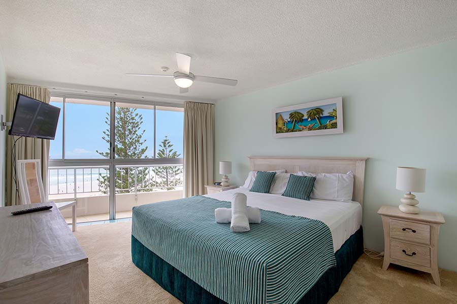coolangatta-rainbow-bay-2bed-apartments23-4