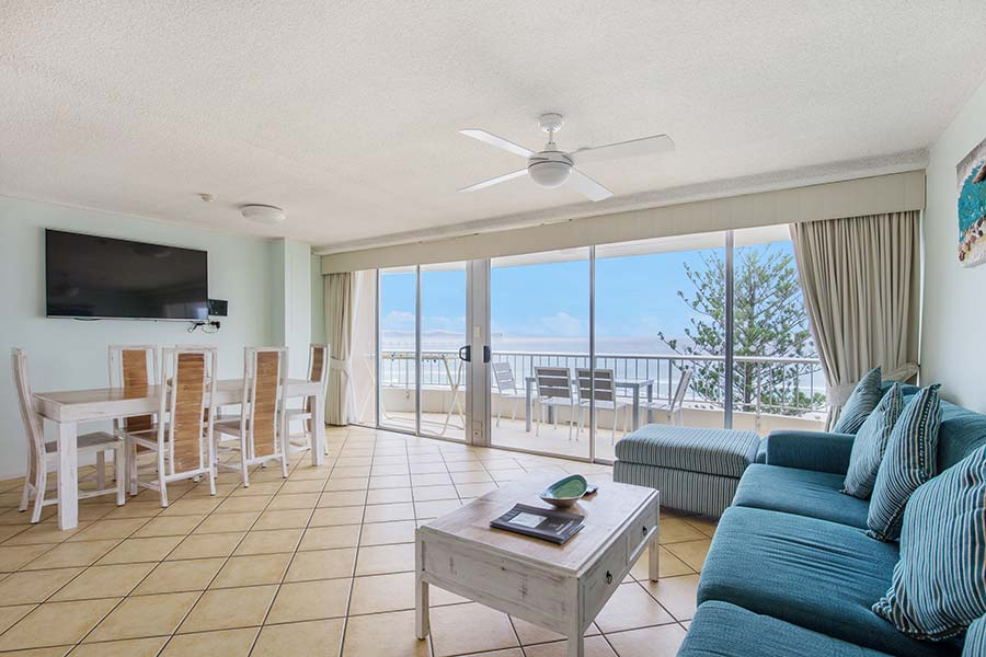 coolangatta-rainbow-bay-2bed-apartments23-5