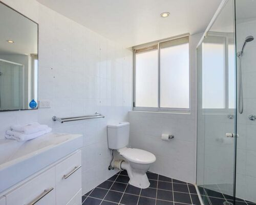 coolangatta-rainbow-bay-2bed-apartments24-5