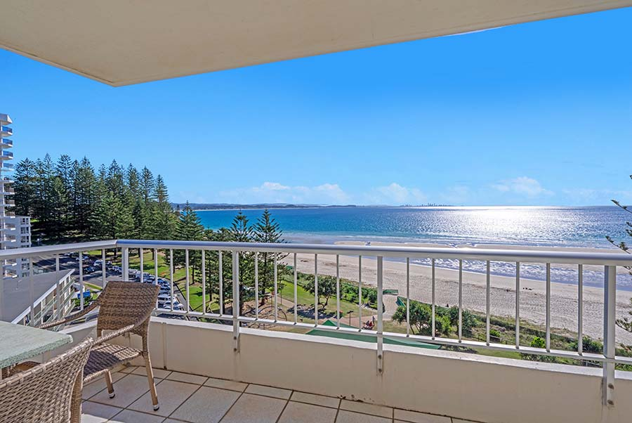 coolangatta-rainbow-bay-2bed-apartments25-1