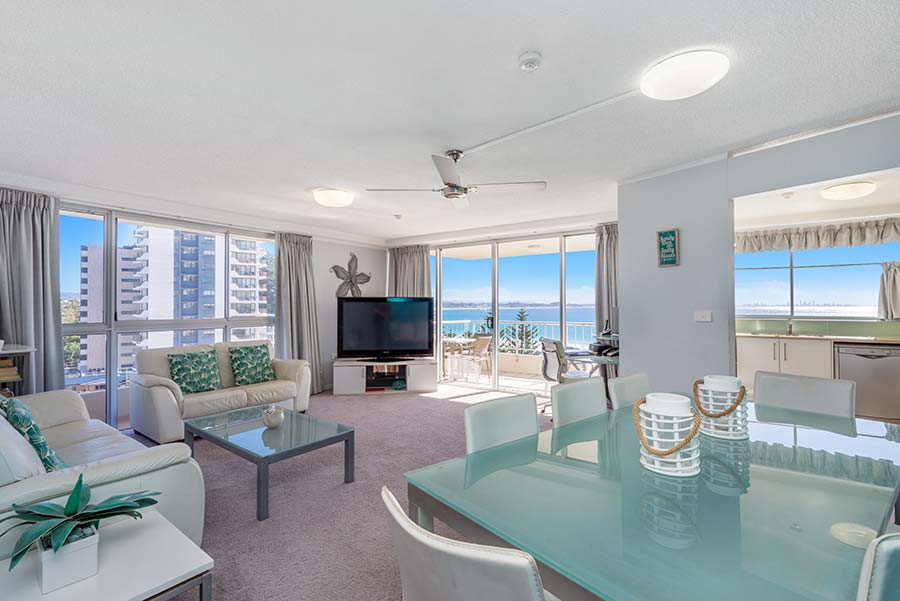 coolangatta-rainbow-bay-2bed-apartments25-2