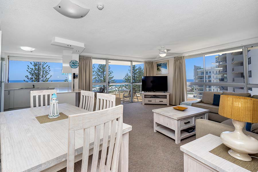 coolangatta-rainbow-bay-2bed-apartments27-1