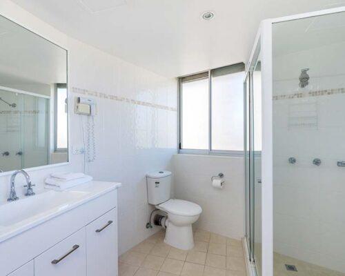 coolangatta-rainbow-bay-2bed-apartments27-6