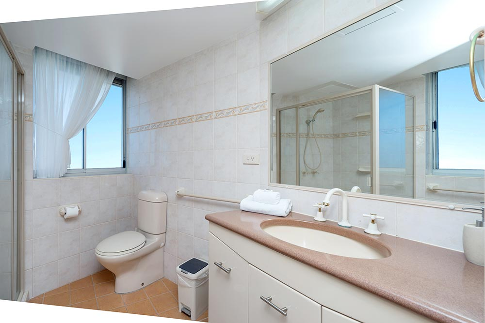 coolangatta-rainbow-bay-2bed-apartments28-3