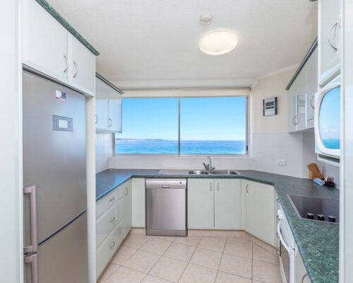 coolangatta-rainbow-bay-2bed-apartments28-4