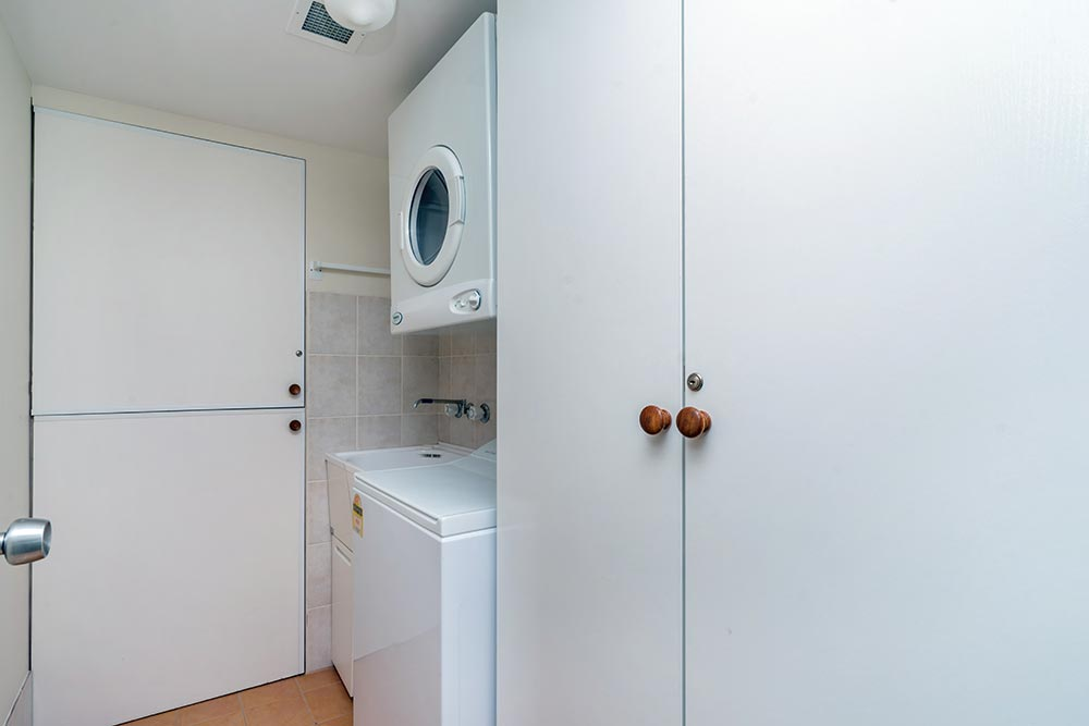 coolangatta-rainbow-bay-2bed-apartments28-5