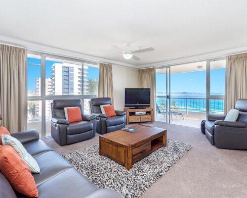 coolangatta-rainbow-bay-2bed-apartments28-7