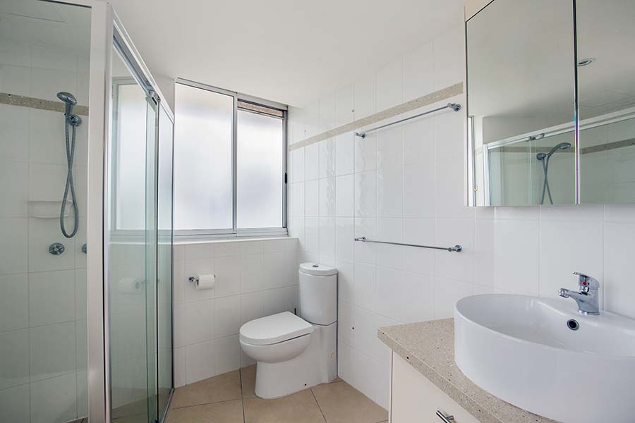 coolangatta-rainbow-bay-2bed-apartments31-3