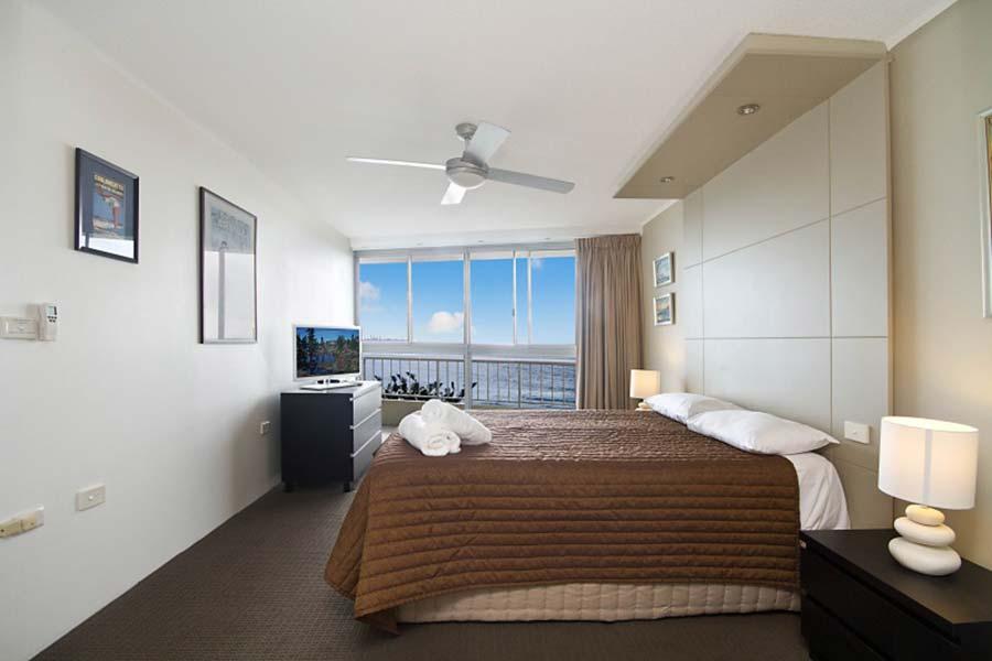 coolangatta-rainbow-bay-2bed-apartments32-5