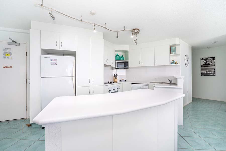 coolangatta-rainbow-bay-2bed-apartments35-3