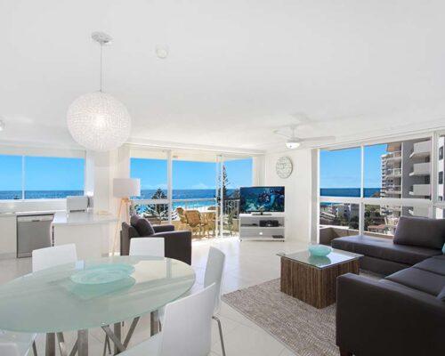 coolangatta-rainbow-bay-2bed-apartments36-1