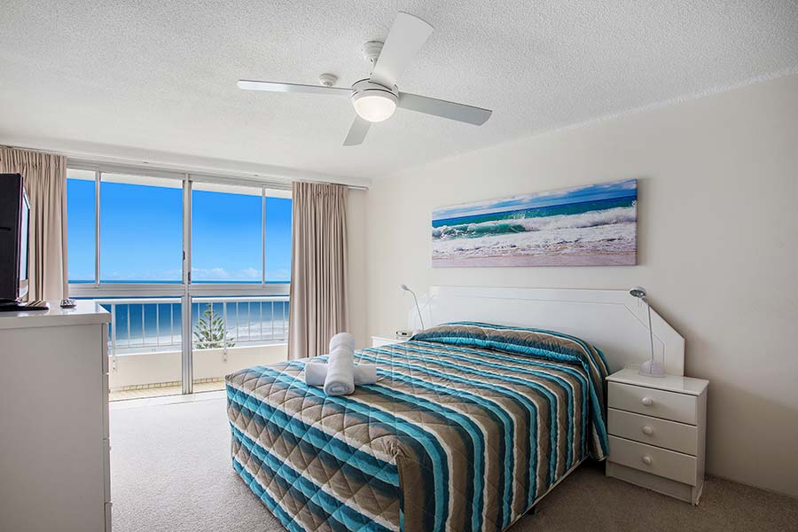 coolangatta-rainbow-bay-2bed-apartments38-6