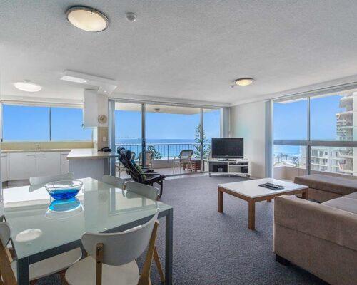 coolangatta-rainbow-bay-2bed-apartments39-2