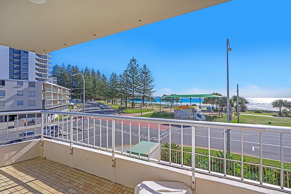 coolangatta-rainbow-bay-2bed-apartments4-2