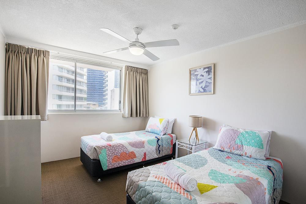 coolangatta-rainbow-bay-2bed-apartments4-7