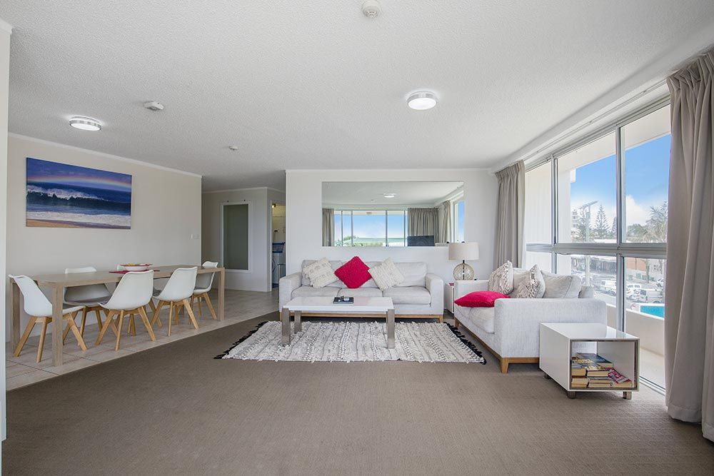 coolangatta-rainbow-bay-2bed-apartments4-9