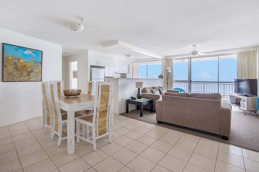 coolangatta-rainbow-bay-2bed-apartments41-3
