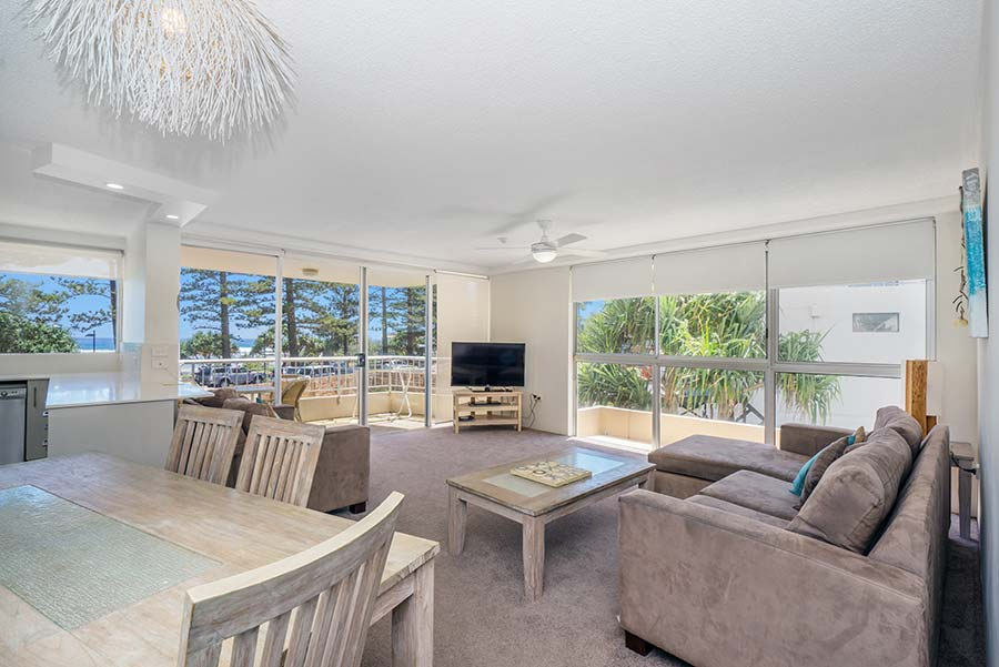 coolangatta-rainbow-bay-2bed-apartments6-2