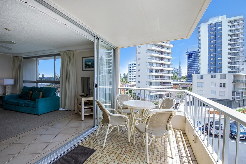 coolangatta-rainbow-bay-2bed-apartments7-2