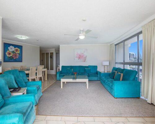coolangatta-rainbow-bay-2bed-apartments7-7